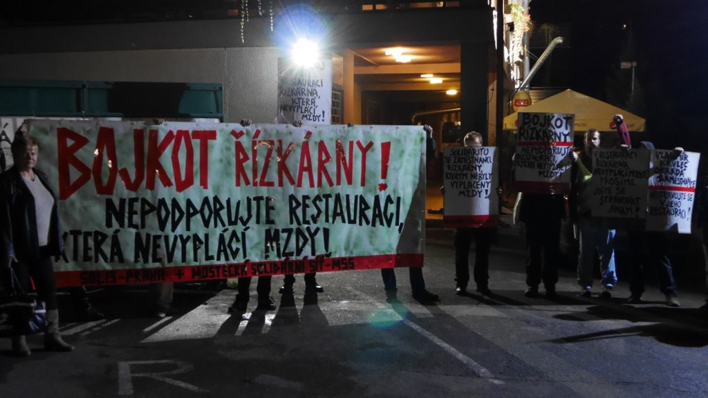 protest MSS a Solis před Řízkárnou_26.9.2014_c