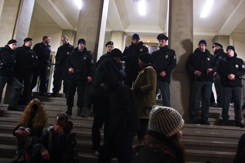 Demonstrativní obsazení vestibulu_ÚZSVM_9.12.2014