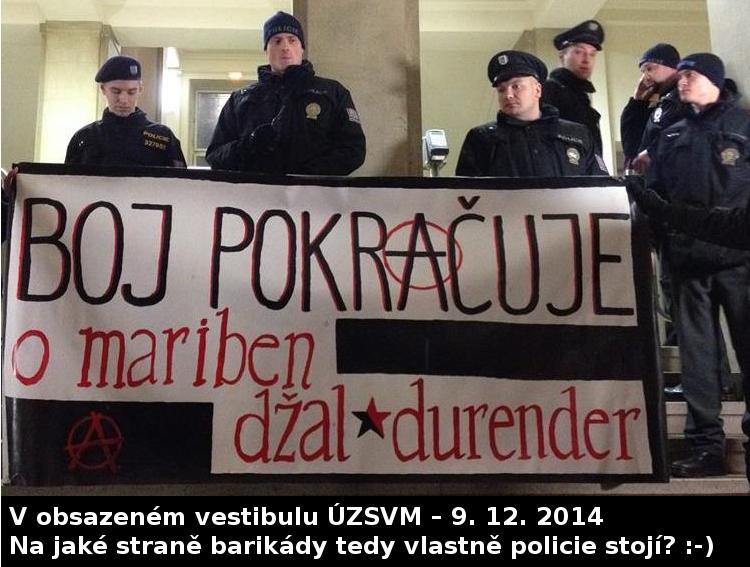 Policie ve vestibulu ÚZSVM