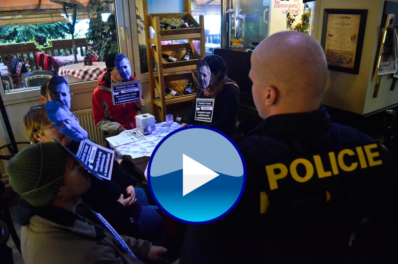 Rozhovor s ex-zaměstnankyní restaurace Řízkárna o policejní brutalitě během protestu